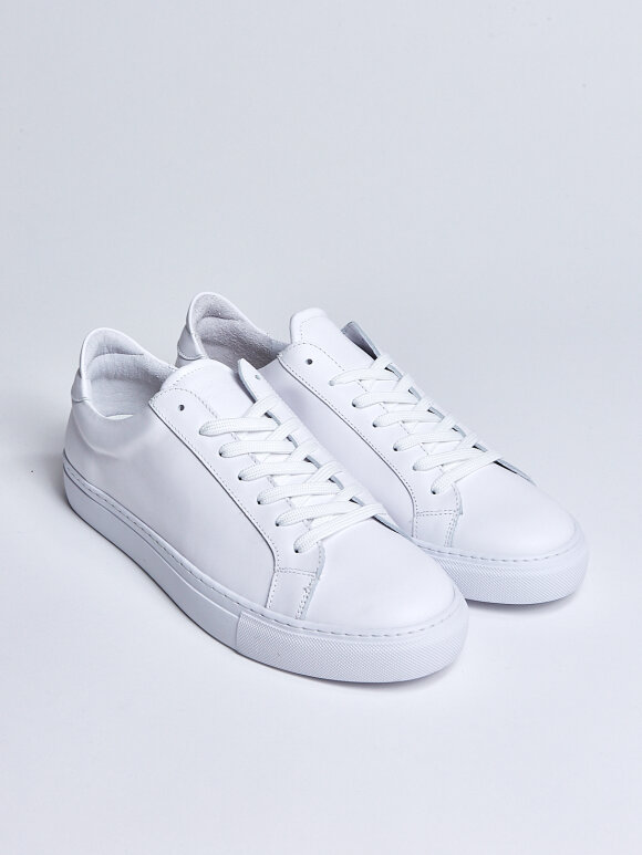 GARMENT PROJECT - Type - White Leather