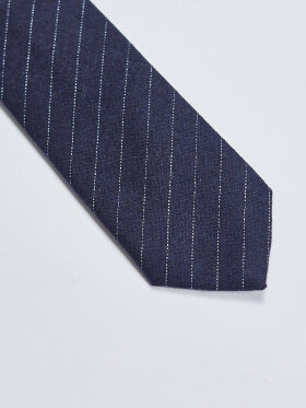 AN IVY - Navy Pinstriped Wool Tie